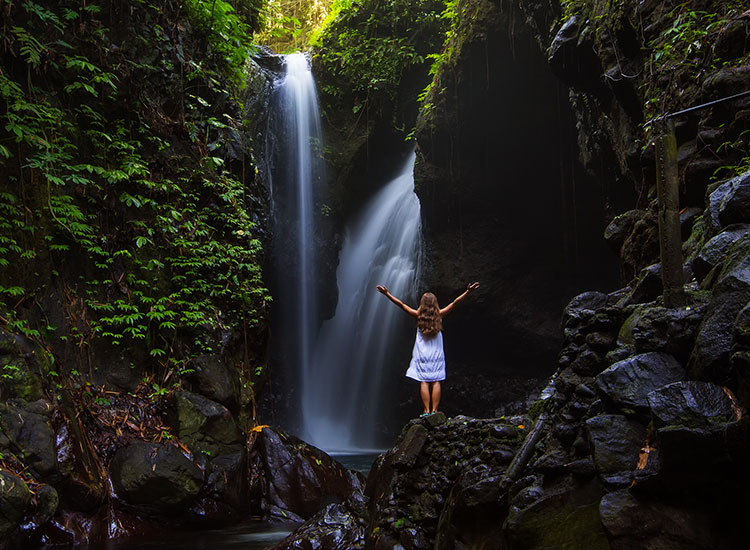 Cascada Gitgit