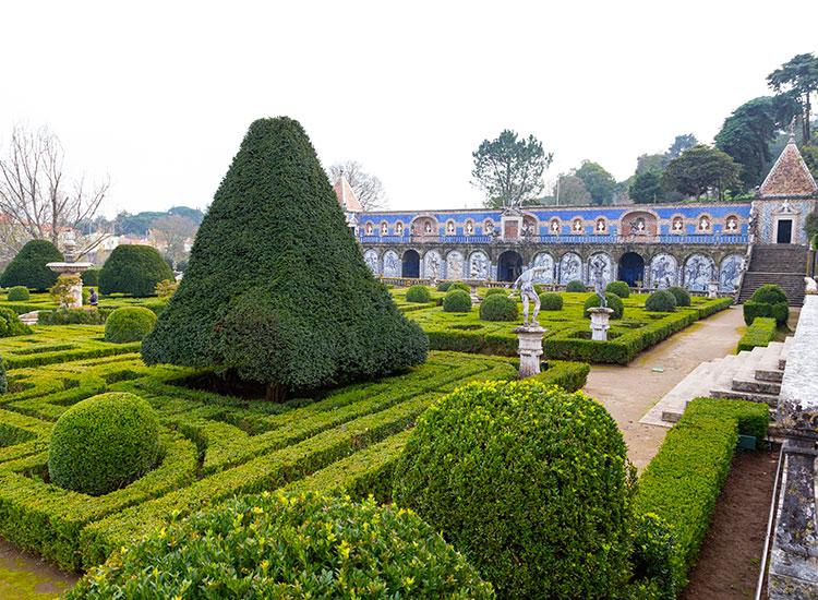 Grădinile regale ale Palatului Fronteira