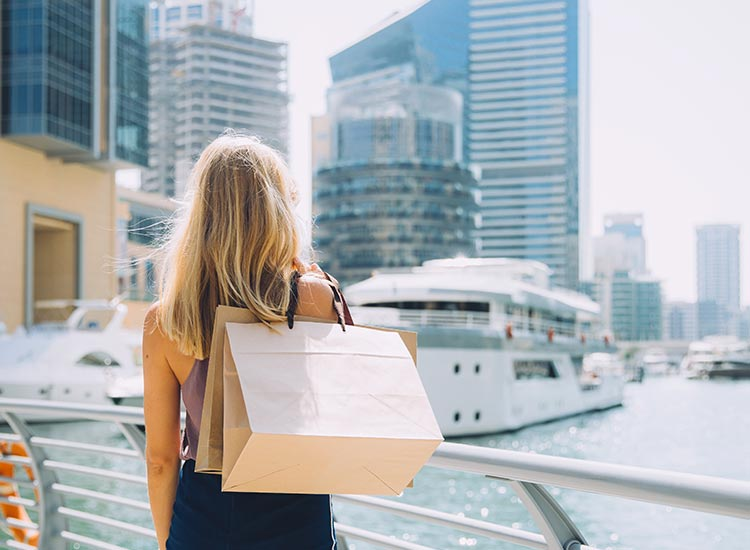 Shopping la DUbai